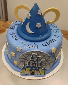 sweetavenuebakeshop:  Danielle's Disney World themed birthday cake! Featuringthe Epcot globe, Cinderella's castle from the Magic Kingdom, and Mickey's hat from Hollywood Studios.