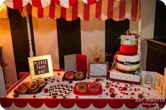 Twin Peaks wedding dessert table