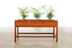 Chase & Sorensen Rosewood planter