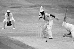 Malcolm Marshall bats one-handed against England at Headingley