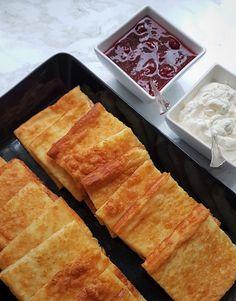 Paras gluteeniton pannukakku   Himoleipuri 200 Calories, Food And Drink, Keto, Baking, Drinks, Cake, Desserts, Recipes, Asia