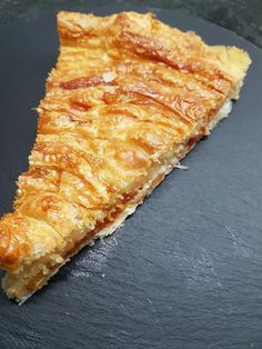 TARTA DE ATÚN Y QUESO CBF@ Seafood, Pizza, Cheese, Quiches, Cooking, Blog, Puff Pastry Recipes, Puff Pastries, Cake Recipes