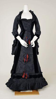 Dress, ca 1880 The Metropolitan Museum of Art  #1880s #victorian