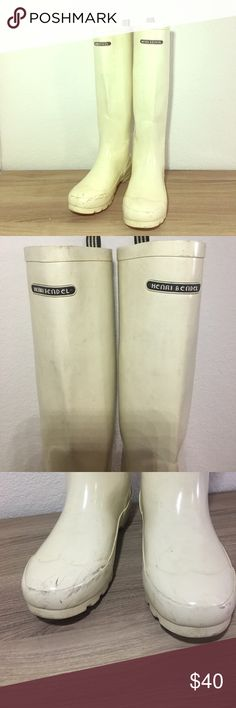 Henri Bendel Cream Wellies Rainboots *Rare* These are an off white color that was super rare & hard to find & have some scuffing at the toes. henri bendel Shoes Winter & Rain Boots