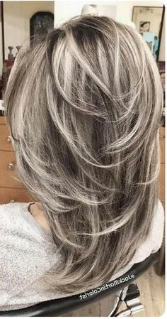 "40 Stunning White Hair Color Ideas in In the words of Los Angeles-based ha. - - 40 Stunning White Hair Color Ideas in In the words of Los Angeles-based hairstylist Jessica Jewel, ""Sometimes you just need your hair to be as c. Medium Hair Styles, Curly Hair Styles, Gray Hair Highlights, Feathered Hairstyles, Hair Lengths, Hair Cuts, Hair Beauty, Beauty Style, Silver Ombre"