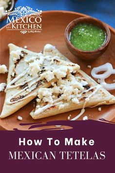 They are really easy to make for breakfast, lunch or dinner. At home, we can't even wait for them to get out of the griddle before we start eating them! That's the best way to eat them. #easyrecipes #mexicanfood #foodrecipes #tetelas #oaxaca