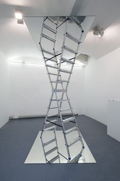 Creative Ladder, Infinite, Dmitri, Obergfell, and Mirror image ideas & inspiration on Designspiration Land Art, Bühnen Design, Interior Design, Art Conceptual, Instalation Art, Mirror Art, Mirror Ideas, Art And Architecture, Sculpture Art