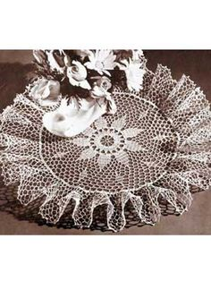 Old Fashioned Ruffled Doily...my grandmother loved ruffled doilies...I feel so close to her when I crochet!