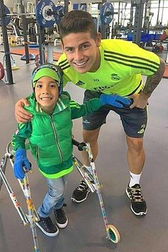 """Jamesito  with the Kid Santi """"affected with cerebral palsy"""".  25.2.16"""