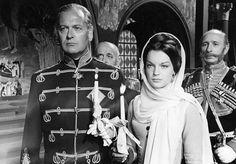 """Curd Jürgens (vorne), Romy Schneider in """"Katia"""" (1959)"""