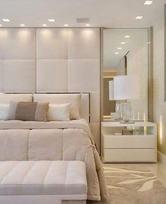 New Living Room Desgn Rustic Modern Apartment Therapy Ideas Modern Minimalist Bedroom, Modern Luxury Bedroom, Luxury Bedroom Design, Master Bedroom Interior, Bedroom Closet Design, Bedroom Furniture Design, Home Room Design, Luxurious Bedrooms, Home Decor Bedroom