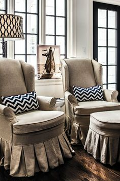 Oatmeal & B Chevron - love the color combo for indoor design - when it si no longer a toy room