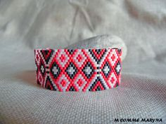 Etsy - Shop for handmade, vintage, custom, and unique gifts for everyone Ethnic Chic, Brick Stitch, Bracelet Sizes, Bead Weaving, Creations, Beaded Bracelets, Etsy, Beads, Comme