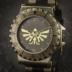 Finally, a really beautiful and badass Legend of Zelda watch!