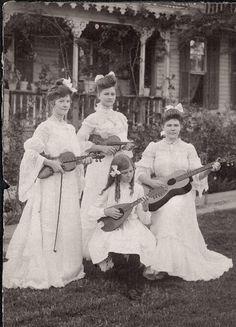 Early All Girl Band circa 1903