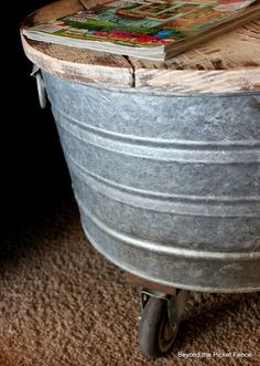 fun side table ideas you can make, painted furniture Diy Footstool, Galvanized Wash Tub, Vintage Milk Can, Cool Tables, Side Tables, Pallet House, Wash Tubs, Wooden Side Table, Wood Coasters