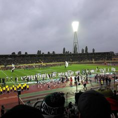 American Football around the world. Today is the German Bowl. In the most German weather imaginable.  http://ift.tt/2xpTgoR Submitted October 07 2017 at 12:23PM by Rayelian via reddit http://ift.tt/2xZjq0T