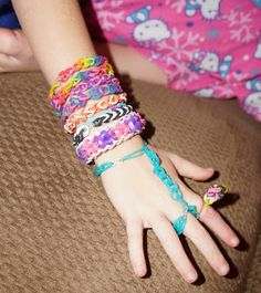 Cra Z Loom Rainbow Colored Rubber Band Bracelet Maker