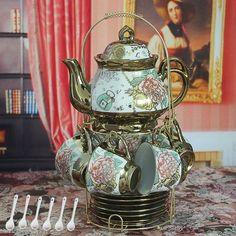 Antique Tea Sets, Tea Sets Vintage, Antique Dishes, Coffee Cup Set, Tea Cup Set, Rose Vintage, Vintage China, Afternoon Tea Set, Silver Tea Set