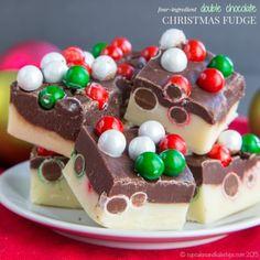 Four-Ingredient Double Chocolate Christmas Fudge is a quick and easy edible gift or little sweet treat for the holidays. Get the gluten-free recipe here! Easy Christmas Treats, Christmas Fudge, Christmas Chocolate, Christmas Desserts, Christmas Goodies, Holiday Treats, Holiday Candy, Xmas Food, Christmas Holiday