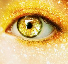 yellow eyes for the glitter, Addison. Yellow Eyes, Mellow Yellow, Golden Eyes, Eye Art, Shades Of Yellow, Happy Colors, Color Stories, Eye Make Up, Beautiful Eyes