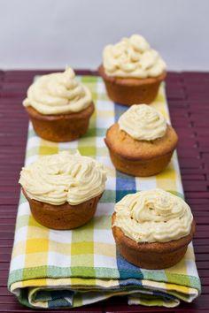Sour Cream, Almond, & Saffron Cupcakes w/ Cardamom & Sumo Orange Cream Cheese Frosting