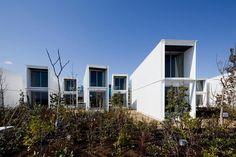 O ícone da modularidade e da arquitetura sustentável  não poderia ter uma aplicação melhor do que ser utilizado em hotéis, pousadas e flats....