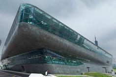 Nouvel opéra de Guangzhou par Zaha Hadid