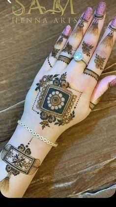 Henna Tattoo Designs Simple, Back Hand Mehndi Designs, Latest Bridal Mehndi Designs, Full Hand Mehndi Designs, Mehndi Designs Book, Modern Mehndi Designs, Mehndi Designs For Girls, Mehndi Designs For Beginners, Mehndi Design Photos