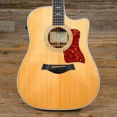 Taylor 810ce Dreadnought Acoustic-Electric Natural 2002 (s139)