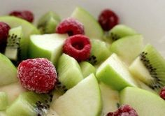 Hello now that's a salad Diet Recipes, Vegan Recipes, Snack Recipes, Healthy Recepies, Healthy Snacks, Healthy Food Alternatives, Breakfast For Dinner, Nutrition Tips, Delicious Chocolate