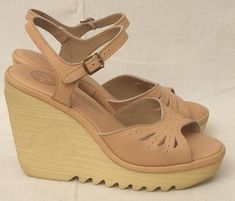 I remember these type of shoes from the 70s. I used to be able to run in them without falling. Those days are long gone!