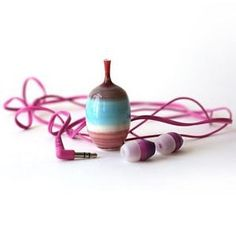 These are the earbuds of Jon Almeda (@almedapottery). He loves pink and says the bass is really great with this specific pair. He advises people to always get a two-year warranty on your earbuds because most earbuds only last for about a year. Alway make sure your buds are really big too. He put this set of buds next to his vase so you could see how big the earbuds actually are...ok. Just joking. Jon is an amazing potter who works really small. He is the latest guest on The Potters Cast. He…