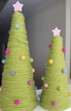 Christmas yarn trees ~ what a cute idea for my Craft room! Christmas Yarn, Christmas Tree Crafts, Noel Christmas, Christmas Projects, Winter Christmas, Holiday Crafts, Holiday Fun, Christmas Decorations, Christmas Ornaments