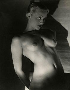 1930s Large Format Vintage Artistic Light & Shadow Nude Fine Art Photograph Rare