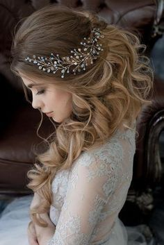 Wedding Crystal and Pearl Hair Vine Bridal Hair Vine Pearl Headpiece Hairpiece Long Wedding Hair Vine Tiara Tiara Bridal Jewelry – Lays Alves – Wedding HairStyles Rustic Wedding Hairstyles, Wedding Hairstyles For Long Hair, Wedding Hair And Makeup, Prom Hairstyles, Hairstyle Wedding, Engagement Hairstyles, Latest Hairstyles, Quinceanera Hairstyles, Romantic Hairstyles
