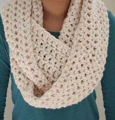 Cozy Infinity Scarf ~ link to crochet pattern ~ Materials: 2 skeins of bulky yarn (pictured: Lion Brand Woolease Thick and Quick) ~ Crochet Hook: P ~ Chain 100 join together with sl st Row ch 2 (this counts as your first dc), dc in each sc and connec. Crochet Scarves, Crochet Shawl, Crochet Clothes, Crochet Hooks, Knit Crochet, Crochet Stitch, Crocheted Scarf, Crochet Infinity Scarf Free Pattern, Diy Clothes