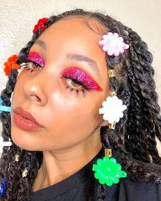 makeup for hoco Retro Makeup, Glam Makeup, Makeup Inspo, Makeup Inspiration, Beauty Makeup, Eye Makeup, Hair Beauty, Makeup Ideas, Makeup Tricks