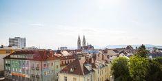 Wiener Neustadt, Blick in die Stadt Mansions, House Styles, Home Decor, City, Luxury Houses, Interior Design, Home Interior Design, Palaces, Mansion