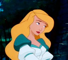 odette<<< does anyone else think that Odette looks a lot like Alice when she is grow up?