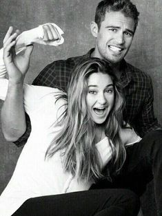 Theo James and Shailene Woodley. Love these two guys! They are so great in Divergent as Four and Tris! I just adored this movie! Divergent Fandom, Divergent Trilogy, Divergent Insurgent Allegiant, Veronica Roth, Shailene Woodley, Tris Et Tobias, Tris Und Four, Perfect People, Pretty People