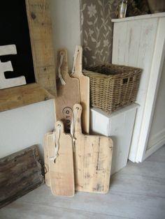 leuke broodplanken van oud hout. Diverse afmetingen.