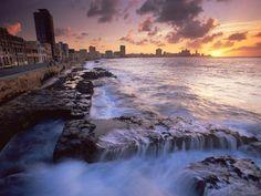 Малекон, Гавана, Куба.  Malecon, Havana, Cuba.