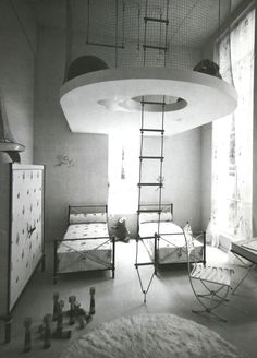 Children's room with gymnastics loft for an exhibition in 1937 (Andre Arbus)