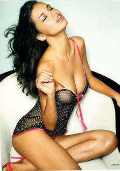 Adriana Lima too sexy!..must have cold shower immediately <3