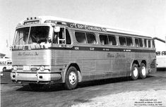 "Bus Stop Classic: 1954 GMC PDX-4901 ""Golden Chariot"" – The Unsuccessful Prototype Of The Modern Bus 