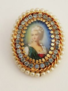 Love Of Vintage - Etsy Team: Fantastic Hobe Costume Jewelry; A Short History