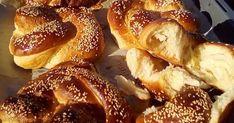 Δεν νομίζω να έχετε φάει ωραιότερα τσουρεκάκια χωρίς αυγά χωρίς βούτυρο χωρίς πολλά [πολλά !!! Εύκολα γρήγορα πολύ γευστικά και αφράτα ... Breakfast Time, Food To Make, French Toast, Bread, Baking, Ethnic Recipes, Xmas, Easter, Brot