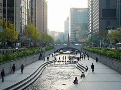Picture of Cheonggyecheon stream in Seoul, South Korea