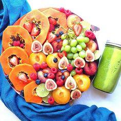 what if i get 800 tonight? I Love Food, Good Food, Yummy Food, Raw Vegan Recipes, Healthy Recipes, Fruit Recipes, Bowls, Healthy Snacks, Healthy Eating